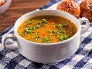 Рецепта Крем супа от тиквички, леща, картофи и сметана